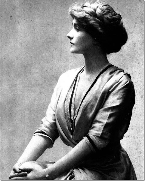 coco-chanel-1909